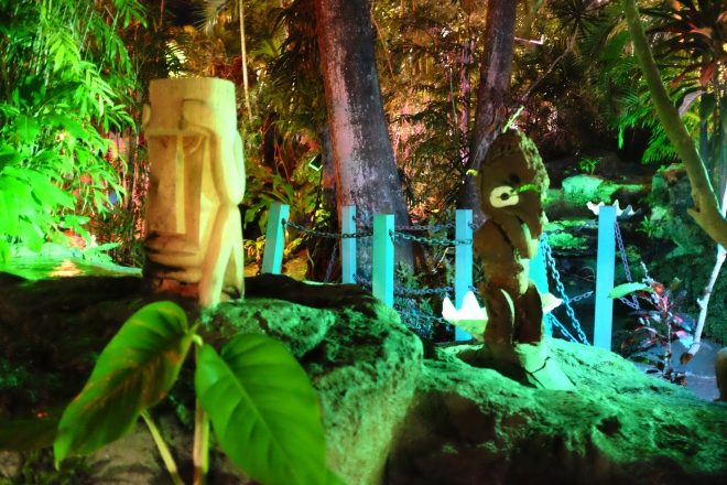 A few of the many tiki statues.